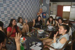 cafe talking10