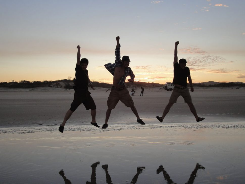 students-trip-to-fraser-island_12646695944_o-970x728