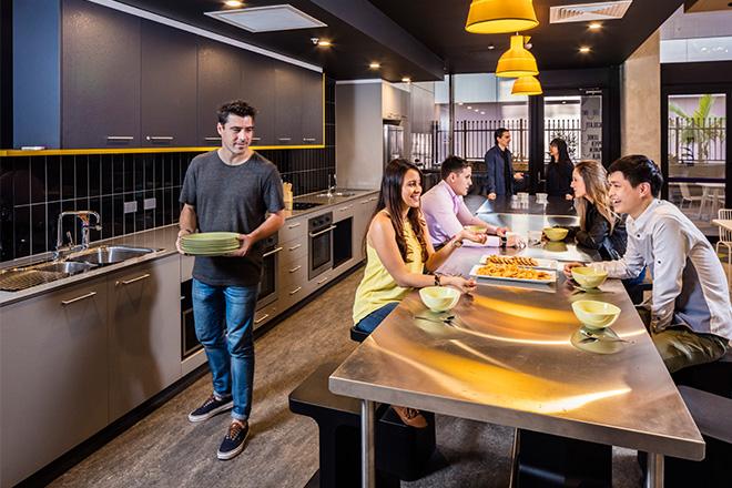 brisbane_student_apartments_communal_student_kitchen_area