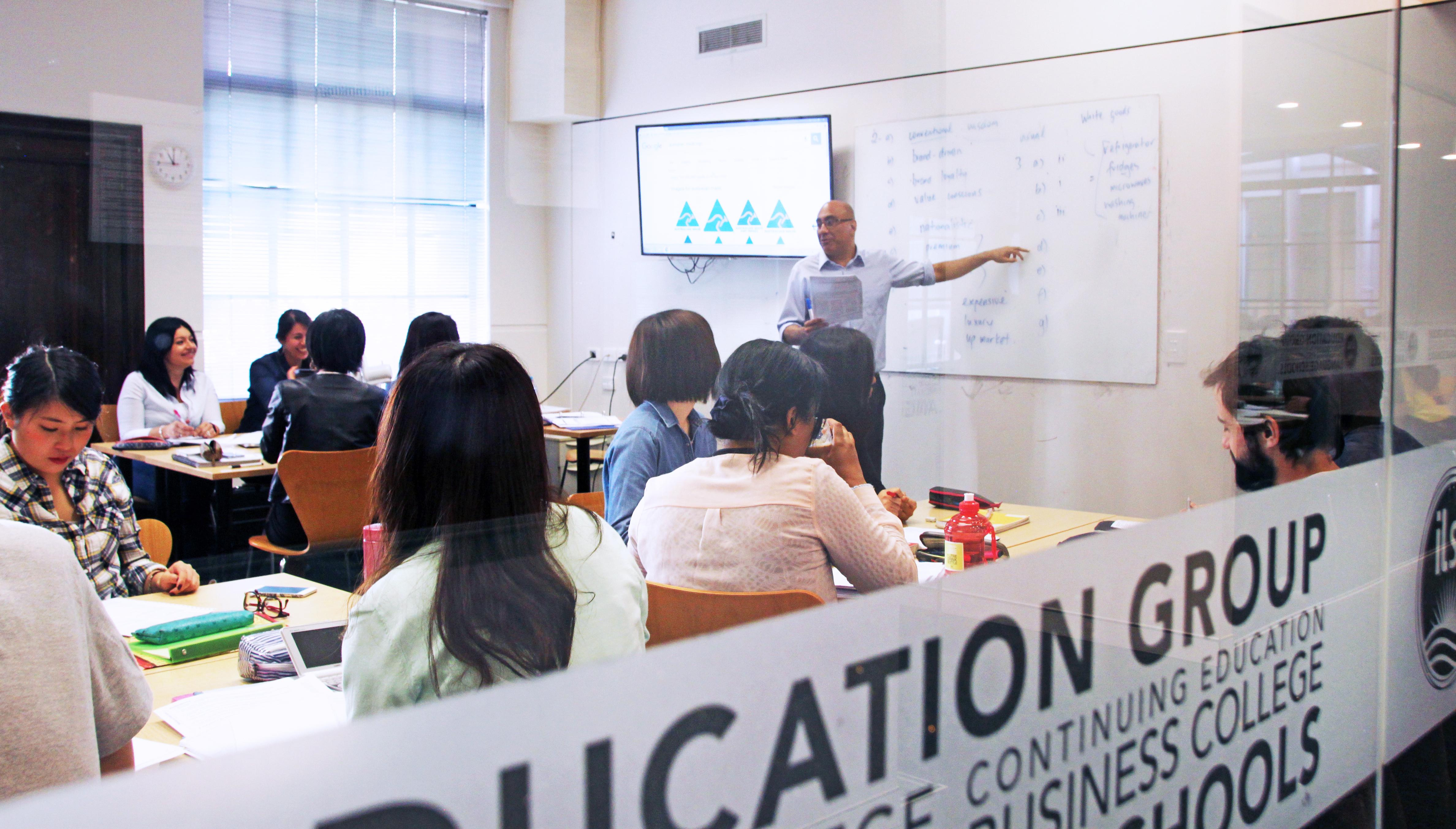 ilsc-brisbane-campus-classroom-2