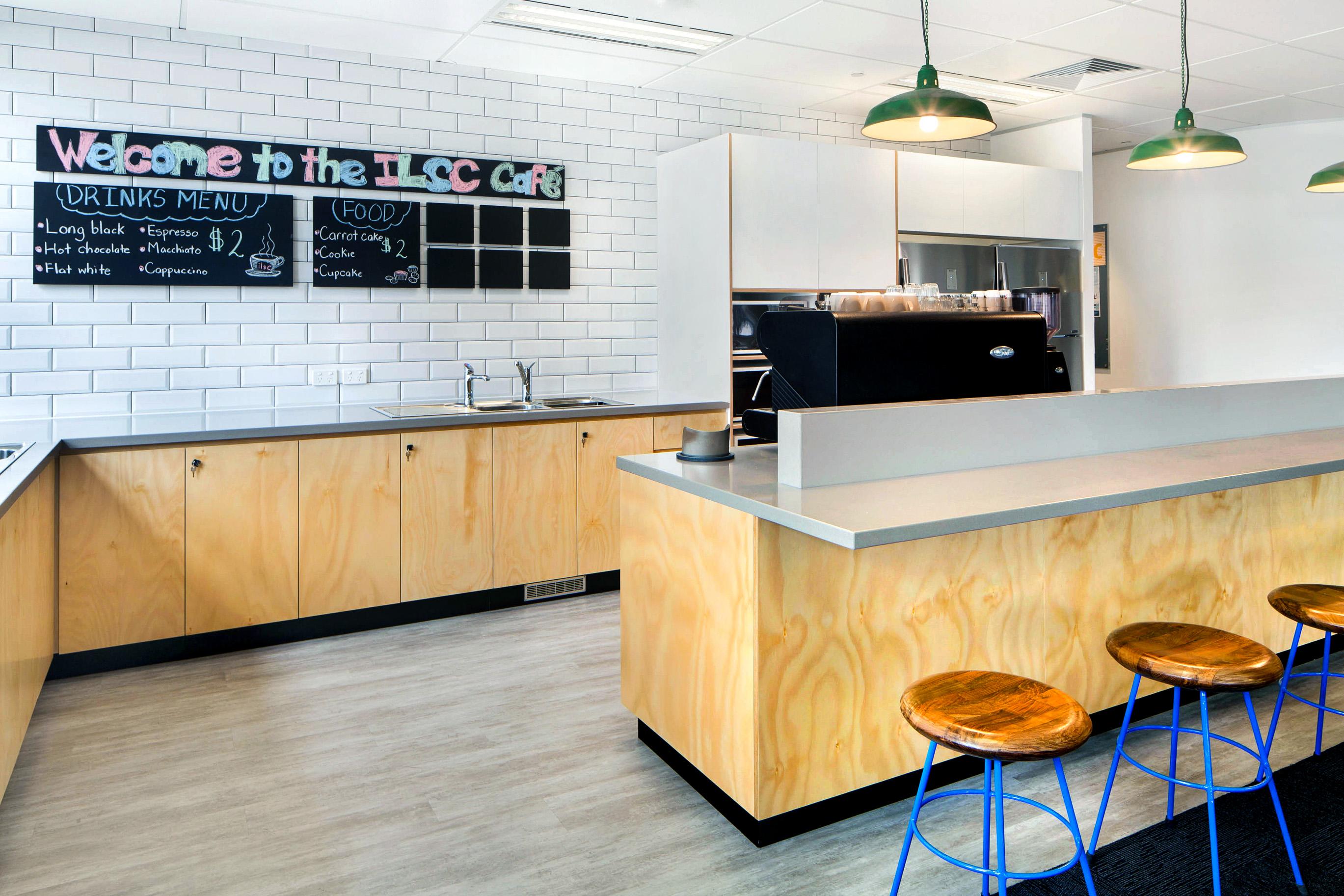 ilsc-sydney-campus-cafe-1